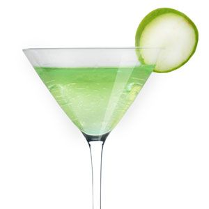 <p>1 1/2 oz Voli Lemon<br /><br />3/4 oz apple pucker<br /><br />2 fresh lemon squeezes<br /><br />Top with soda, garnish with a lime twist.<br /><br /></p>