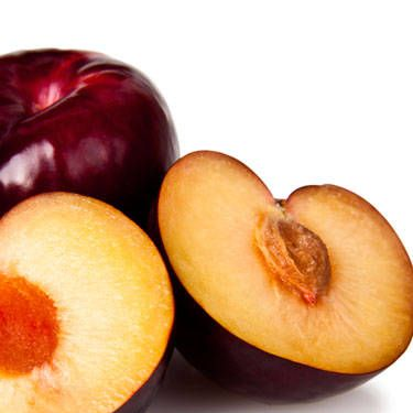 These delish fruits are packed with antioxidant polyphenols that may help kill breast cancer cells.