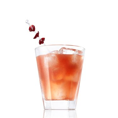 <i>2 oz. Caliche Rum<br />