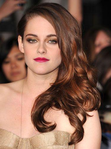 Hair, Lip, Mouth, Hairstyle, Eyebrow, Eyelash, Style, Fashion model, Beauty, Eye shadow,