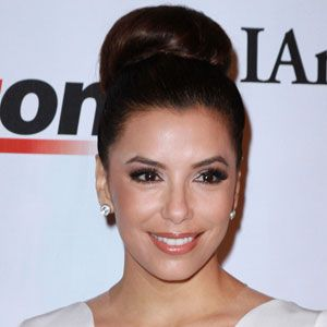 "<p>If you're cool, the veins on your inner wrist appear blue, you tend to turn a flushed pink color in the sun, and you burn easily, so you want to look for a foundation that has rosier, redder, or blue base. <br /><br />For lighter-skinned cool chicas like Eva Longoria, we like <a href=""http://www.drugstore.com/loreal-true-match-roller-perfecting-roll-on-makeup-spf-25-creamy-natural-c3/qxp270356"" target=""_blank"">L'Oreal Paris True Match Roller in C3 Creamy Natural. </a></p>"