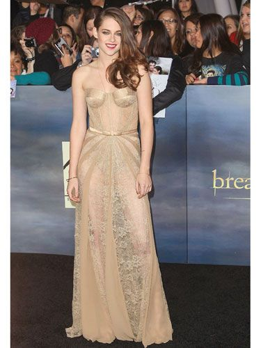 Clothing, Human, People, Event, Dress, Shoulder, Formal wear, Style, Gown, One-piece garment,
