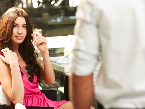 How to Get a Guy to Like You - What Men Look for in Women