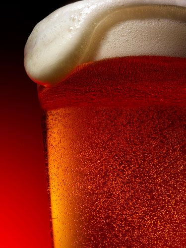 "According to<a href=""http://www.cosmopolitan.com/celebrity/news/can-beer-make-you-healthy"" target=""_blank"">a new study</a> from Japan's Sapporo Medical University, the hops in beer contains a chemical called humulone which helps protect your bod against the virus that causes pneumonia."