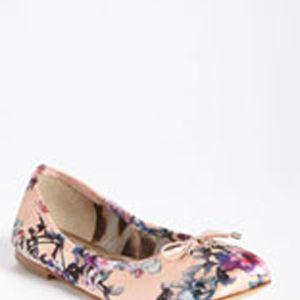 <p>Floral's were a huge trend at MBFW this year and will definitely be around through spring and summer. If floral pants or blazers aren't your thing, opt for Sam Edelman's 'Felicia' flat that gives you just a hint of floral to be trendy.</p>