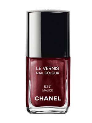 "<p>Chanel Le Vernis Nail Colour in Malice</p> <p>$27, <a href=""http://www.chanel.com/en_US/fragrance-beauty/Makeup-Nails-LE-VERNIS-89314"" target=""_blank"">Chanel.com</a></p>"