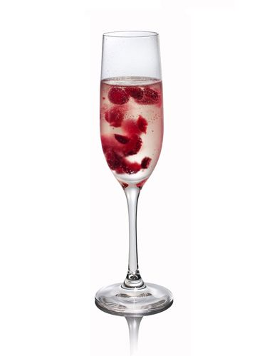 <i>1 oz. Russian Standard Vodka<br /> ¼ oz. simple syrup<br /> 4 raspberries<br /> Sparkling wine</i><br /><br />  To make simple syrup, mix equal parts hot water and sugar until sugar is dissolved. Muddle all ingredients except sparkling wine in a cocktail shaker. Add ice and shake. Pour into a champagne flute and top with sparkling wine.  <br /><br /><i>Source: Russian Standard Vodka</i>