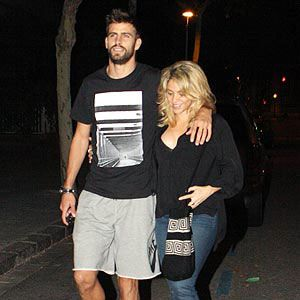 <p>Just two days before the day Shak and her boo announced the pregnancy, the duo couldn't keep the huge smiles off their faces.</p>