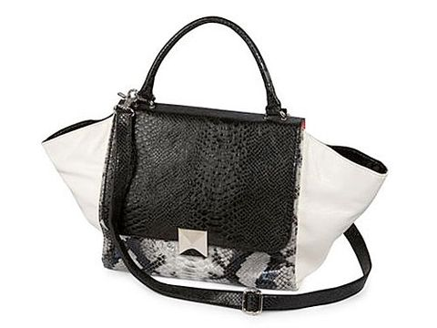Product, Bag, White, Style, Shoulder bag, Luggage and bags, Black, Monochrome photography, Black-and-white, Beige,