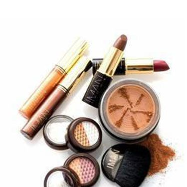 "A supermodel and global beauty icon for over thirty years, Mrs. David Bowie is now also a bonafide makeup mogul! With its show-stopping shadows, lipsticks and bronzers (oh, the bronzers!) this full-range skincare and cosmetics line <a href=""http://www.imancosmetics.com/"" target=""_blank"">Iman Cosmetics</a> indulges the bold glamazon in all of us."