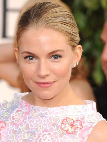 No wonder Hollywood's hottest men have fallen for this Brit superstar! Check out her cool, Grace Kelly-esque glamour: penciled-in brows, daintily rouged cheeks, and a kissable, petal-pink pout.