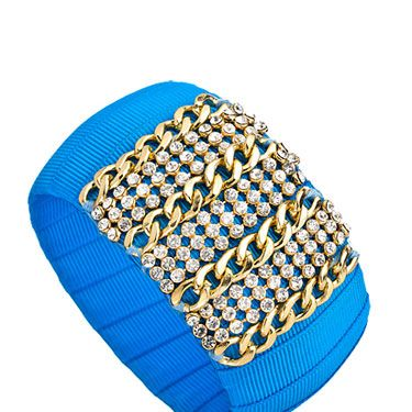 <p>These are reminiscent of amazing Lulu Frost jewels, but insanely cheap! This statement bracelet is not to be missed.</p>