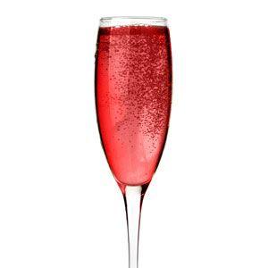 <p>3 oz Prévu<br /> 1 oz champagne<br /> raspberry garnish</p><p>Combine all ingredients in a mixer. Serve in a champagne glass.</p>