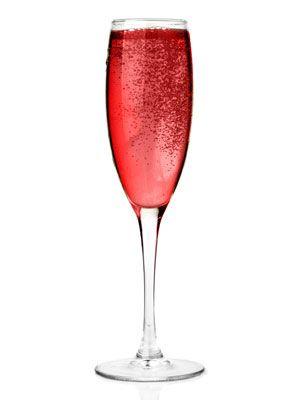 <p>3 oz Prévu<br /> 1 oz champagne<br /> raspberry garnish</p> <p>Combine all ingredients in a mixer. Serve in a champagne glass.</p>