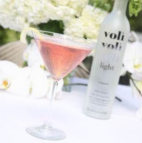 <p>1 ½ oz Voli Lyte Vodka</p>
