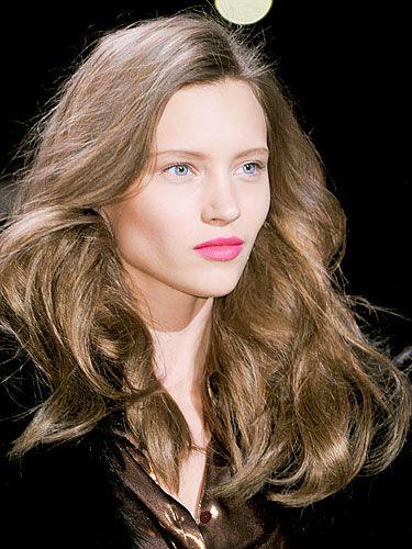 Hair, Nose, Mouth, Lip, Cheek, Hairstyle, Chin, Eyebrow, Eyelash, Step cutting,