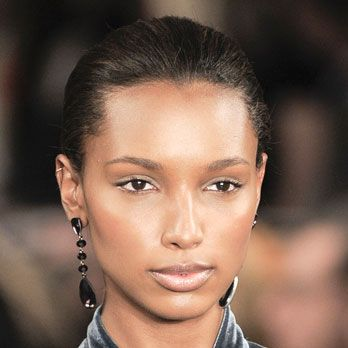 <p>At Ralph Lauren, models stormed the catwalk sporting a radiantly lusty, just-back-from-the beach flush.  </p>