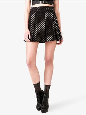 "<p>A-line skirts are very figure-flattering. Make sure you tuck in your top though, otherwise you will do the opposite and look bigger. Polka dots are fun and flirty for spring.</p> <p>$14.80, <a href=""http://www.forever21.com/Product/Product.aspx?Br=F21&Category=bottom&ProductID=2018141485&VariantID"" target=""_blank"">Forever21</a></p>"