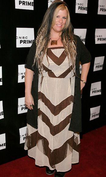 Human, Flooring, Dress, Carpet, Style, Premiere, Fashion, Beige, Long hair, Blond,