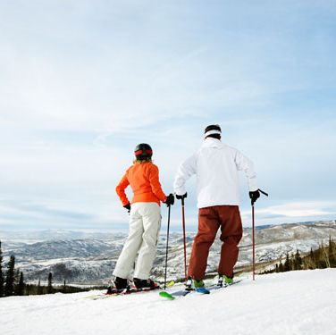 "<p>If you live near the slopes, enjoy an afternoon of skiing or snowboarding, then refuel with burgers in the ski lodge. End the date with your feet by the fire and a <a href=""http://www.cosmopolitan.com/food/cocktails/winter-cocktails"" target=""_blank"">warm drink</a> in your hands.</p>"