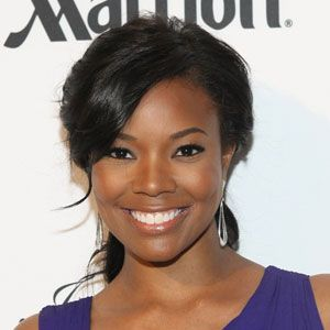 <p>This face shape usually has a long forehead or jawline so try long, layered bangs that extend to the outer corners of the eyes like Gabrielle Union's. It gives balance. </p>