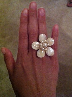 """<p>Looking for jewelry that stands out but isn't too much? Floral rings are HUGE right now all over Mexico, and now we know why—they're so pretty!</p> <p> </p> <p>Ring: $4.80, <a href=""""http://www.forever21.com/Product/Product.aspx?BR=f21&Category=acc_rings&ProductID=1019572840&VariantID="""" target=""""_blank"""">Forever21</a></p>"""