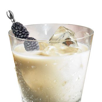 <i>½oz. Kahlúa Midnight