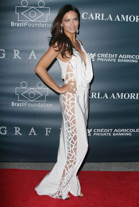 <p>Brazilian Adriana Lima has got it all: tall, lean, and a great pair of seductive eyes.</p>