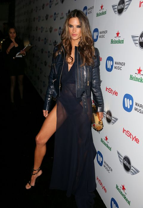 <p>Only a Brazilian Victoria's Secret model can pull that much leg off.</p>