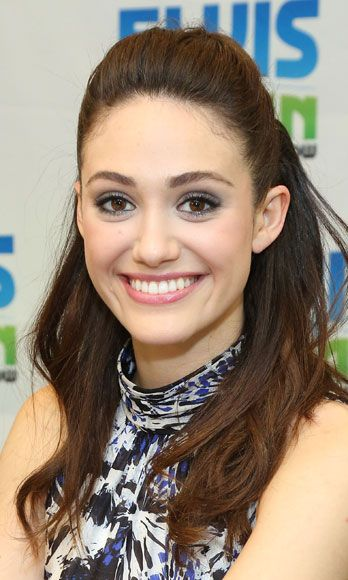 On a visit to the Z100 morning show, Emmy Rossum rocked a pastel makeup extravaganza: lavender lids, pink cheeks, and rosy lips. So spring-sexy…plus, guys love it when we surprise them with a softer look.