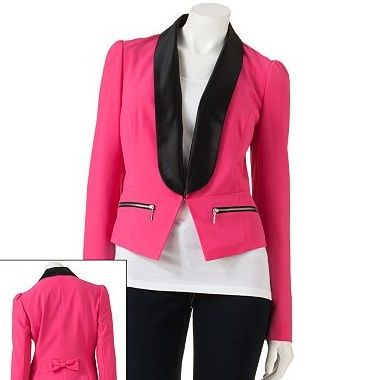 <p>A tuxedo jacket is the perfect update to the boxy boyfriend blazer. Try it in hot pink hue. Wear it to the office with tapered pants or on the weekend with your skinnies.</p>