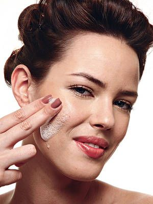 """<p>To normalize the pH of your skin, go for oil based cleansers. """"These dissolve dirt the fastest, including on oily skin. They also prevent pores from clogging,"""" says Tracy Tamaris, training director for South African skincare brand Environ. We love these two products: <a href=""""http://www.murad.com/essential-c-cleanser/?gclid=COqhv6PwrLcCFVSf4Aodg0MAAg"""" target=""""_blank"""">Murad Essential-C Cleanser</a>, $36, and <a href=""""http://www.environ.co.za/products/ionzyme-c-quence-cleanser"""" target=""""_blank"""">Environ Lonzyme C-Quence Cleanser</a>, $60.99.. Go for oil-free moisturizing creams like Origins Plantscription SPF 25 Anti-aging Oil-free Cream. If your skin is dry, go for a serum like Kate Somerville's Quench Hydrating Face Serum. </p>"""