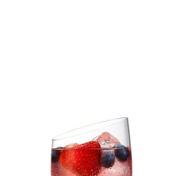 <i>1¾ oz. SVEDKA Stars & Stripes<br>