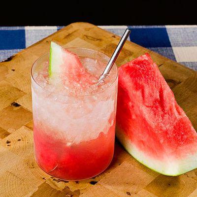 <i>2 oz. Karlsson's Gold Vodka<br>3 watermelon chunks<br>¾ oz. lemon juice<br>½ oz. elderflower liqueur </i><br><br>Muddle watermelon in the bottom of a glass. Add ice and remaining ingredients. Stir and garnish with a watermelon wedge<br><br><i>Source: Karlsson's Vodka</i>