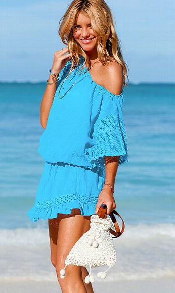 Clothing, Blue, Hairstyle, Sleeve, Skin, Shoulder, Textile, Joint, Aqua, Summer,