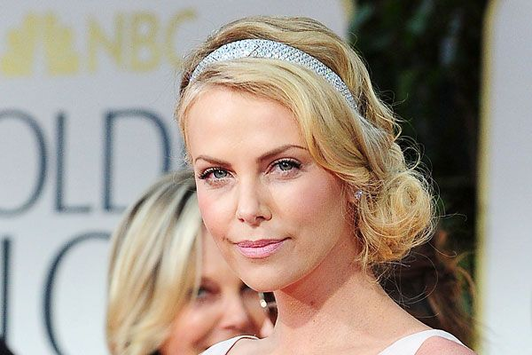 Fabulous Gatsby Inspired Hairstyles How To Do Old Hollywood Glamour Short Hairstyles Gunalazisus