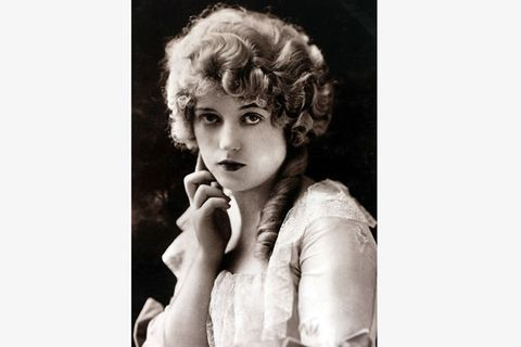 "<p>This silent movie starlet wrote the guidebook on mistressery! From 1918 to 1951, she had an open affair with forty-year-older newspaper tycoon William Randolph Hearst – who famously never divorced socialite Millicent Hearst, the mother of his five sons. Hearst was so whipped that he tried to buy her film stardom (his ploy bombed. Check out Citiizen Kane for details, the 1941 film was based on their life). He even built her a castle, ""San Simeon,"" outside L.A. That's devotion.</p>"