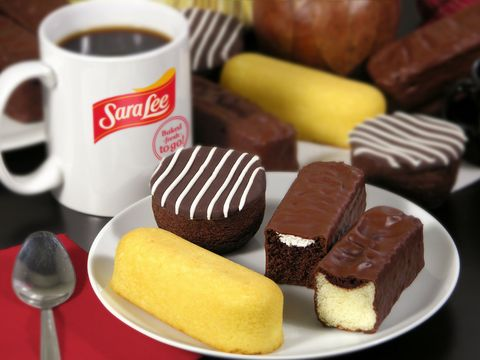 "<p><span style=""font-size: 12pt; font-family: 'Times New Roman';"">Sara Lee has teamed up with <em>Bimbo</em> Bakeries USA to create their new snacks filled with cream and chocolate. It's like a little taste of Mexico in your mouth imagine a <em>Gansito</em> met a Twinkie but without the jelly. They also have a variety of other options perfect for a little sugar fix. </span></p>"
