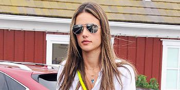 """<p>Give your t-shirt and shorts combo an electric pop with a crossbody, as super model Alessandra Ambriosio did with her getup.</p> <p>$29, <a href=""""http://www.forever21.com/Product/Product.aspx?BR=f21&Category=promo_bright-sheer-neon&ProductID=1031556641&VariantID="""" target=""""_blank"""">Forever21</a></p>"""