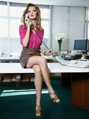 Leg, Human leg, Joint, Furniture, Table, Sitting, Room, Fashion accessory, Thigh, Knee,