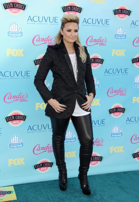 <p>We were hoping leather leggings would never go out of style, so we're glad Demi keeps rocking them!</p>