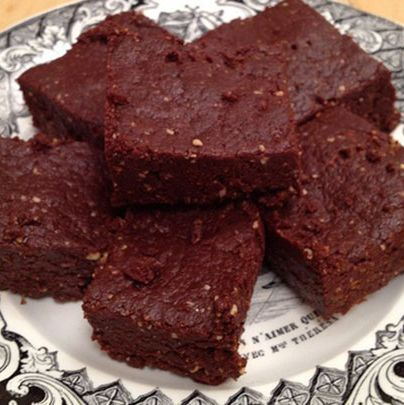 <p><strong>No Bake Brownie</strong></p>