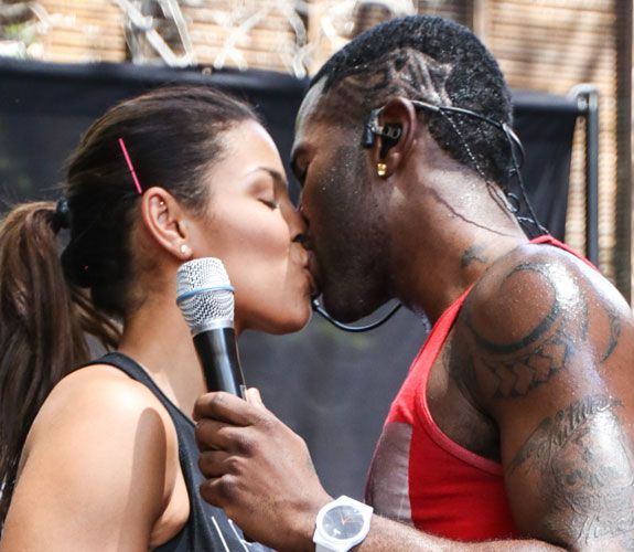 13 of the Hottest Celebrity Kisses