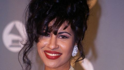 <p>Selena was the <em>Mexicana</em> who made us all appreciate our voluminous, dark hair. She was infamous for big updos and her signature red lips. As we always say, no one does red lips better than us!</p>
