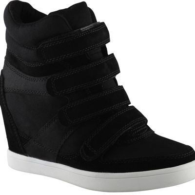 <p>ALDO Shoes Chism</p>