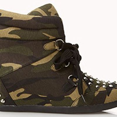 <p>High-Voltage Camo Wedge Sneakers</p>