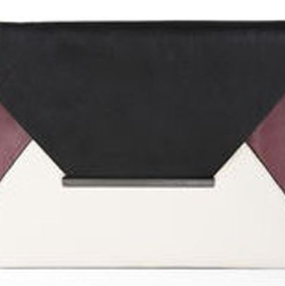 <p>Harlow Envelope Clutch</p>