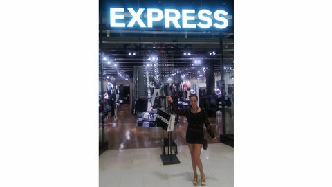 <p>I got a jump-start on my fall wardrobe, thanks to EXPRESS. I joined their public relations team in Miami, to celebrate the opening of their new store at the Dadeland mall and do a bit of shopping! There I got firsthand picks at the latest autumn must-have's, perfect for warm or cool weather. I'll share my top 5 with you.</p>
