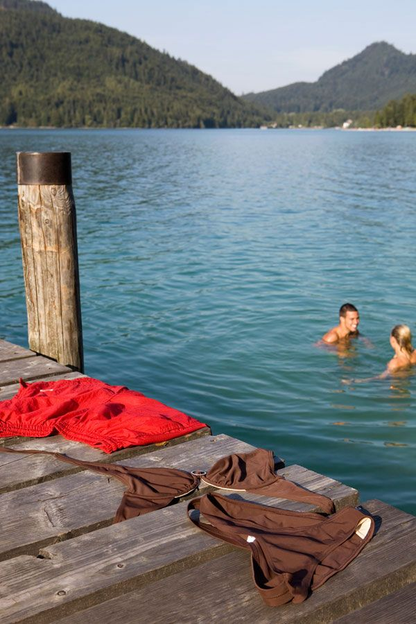30 Things You Absolutely Must Do Naked
