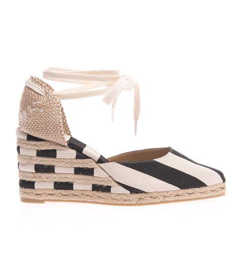 Brown, Tan, Wedge, Beige, Fawn, Sandal, Strap, Natural material, Pattern,